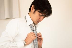 ネクタイの結び方01